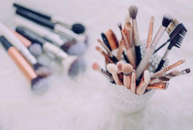 Perfekcyjny makijaż Tylko z odpowiednimi narzędziami!